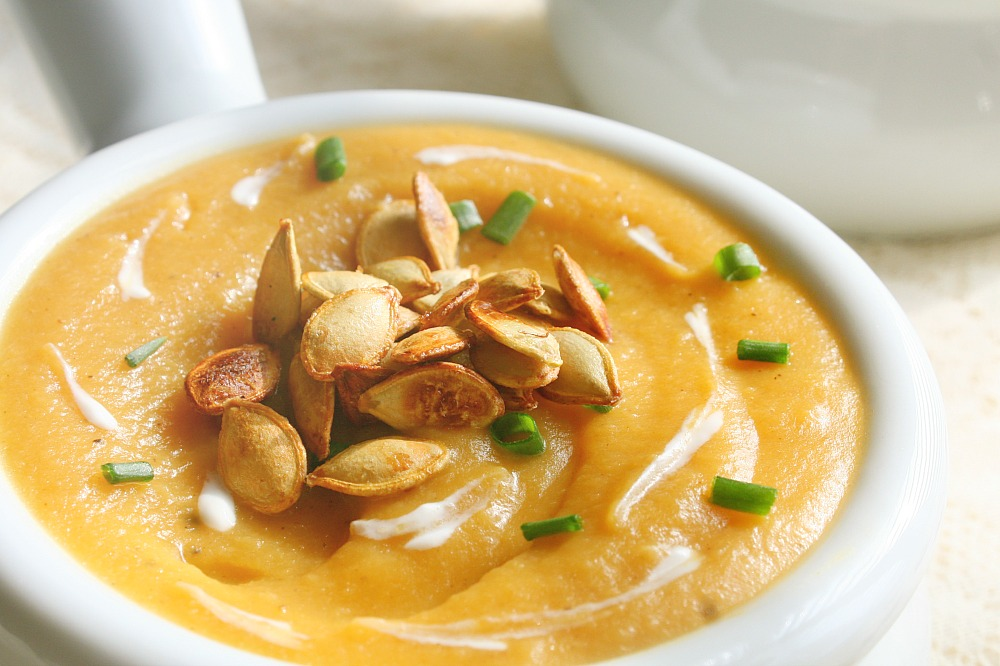 roasted acorn squash and apple soup 2