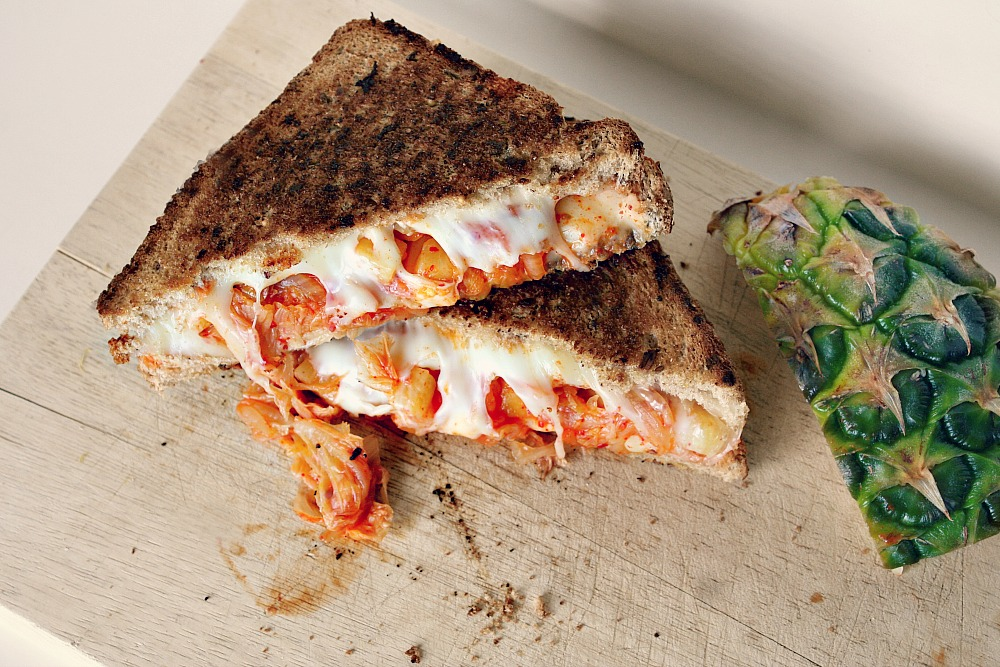 kimchi grilled cheese 3