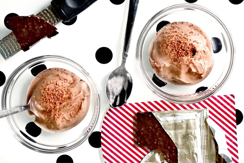 Red Wine and Cocoa Frozen Yogurt