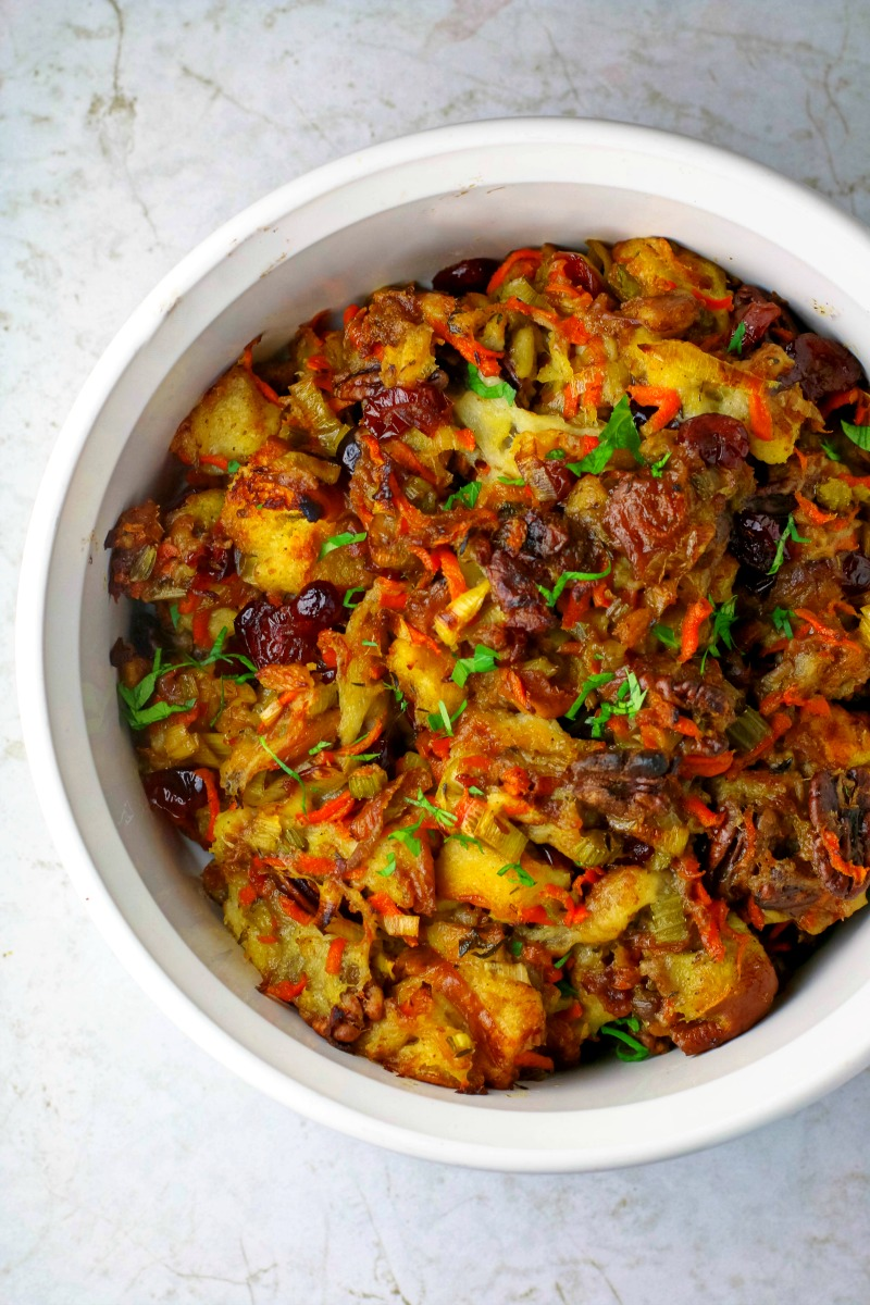 vegetarian-slow-cooker-stuffing