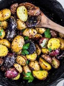 Roasted Potatoes with Everything Bagel Seasoning