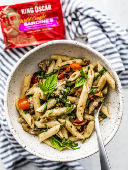 Instant Pot Pesto Pasta with King Oscar Sardines